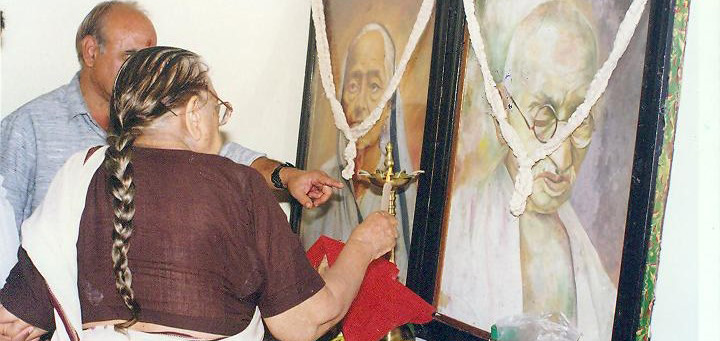 Paying tribute to Bapu n Baa